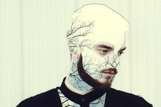 Chłopak z brodą