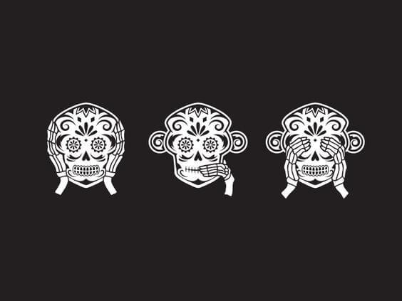 Trzy mądre małpy.