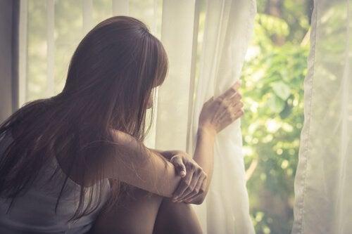Agorafobia - co to jest? Objawy i leczenie
