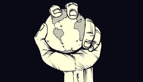 Planeta trzymana w dłoni