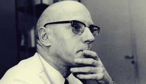 Michel Foucault – 5 imponujących cytatów francuskiego filozofa
