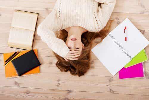 Kryzysowe zmęczenie: kiedy rzeczywistość nas wyprzedza