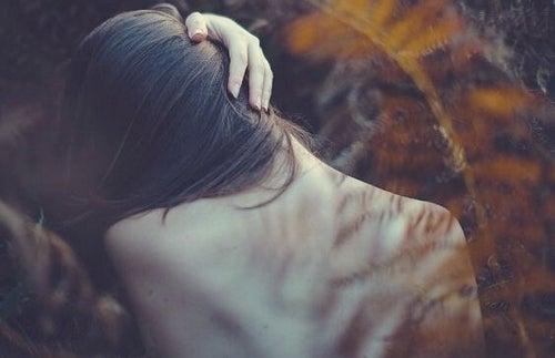 Problemy emocjonalne, które przejawiają się w naszym ciele