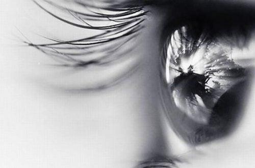 Oko - jak zaakceptować śmierć