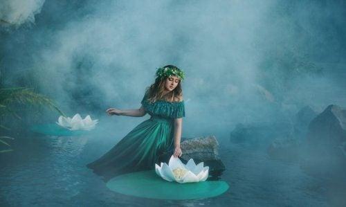 Samotność - kobieta i lilie wodne