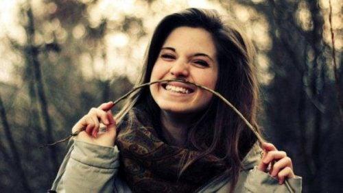 Dziewczyna, która potrafi śmiać się