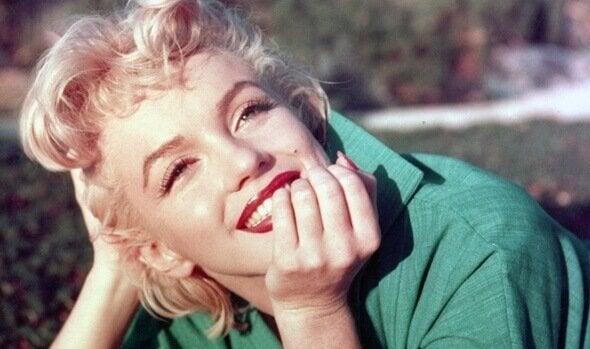 uśmiechnięta Marylin Monroe