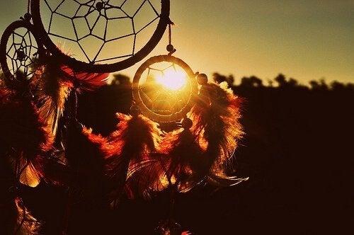 zaklinacz snów by obudzić światło
