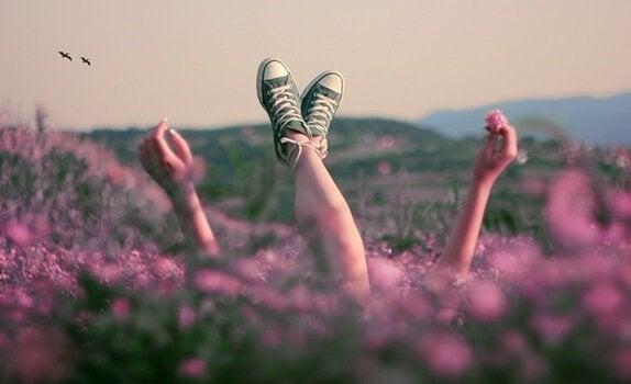 dziewczyna na polu