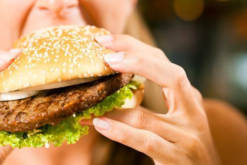 Głód emocjonalny - jedzenie