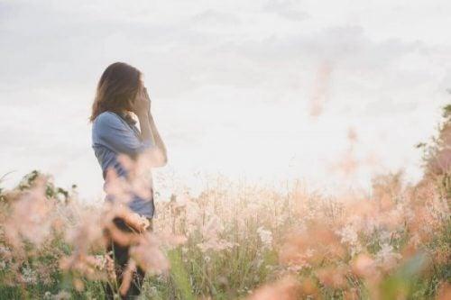 Breadcrumbing – pozostawienie okruchów: najnowszy sposób porzucenia
