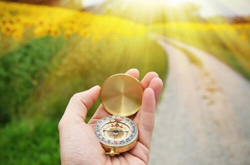 Kompas wskazujący drogę, gdy znasz swoje pragnienia