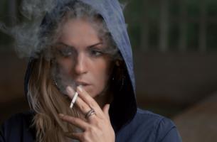 Palenie papierosa - niepokój wywołany