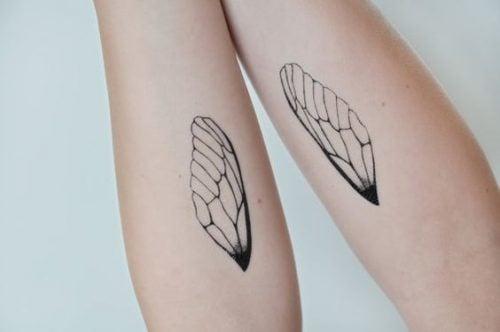 Tatuaż skrzydeł