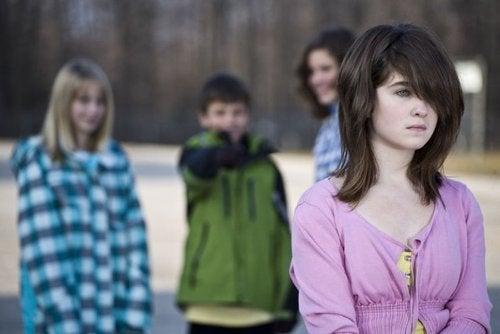 Stosowanie bullyingu - młodzież