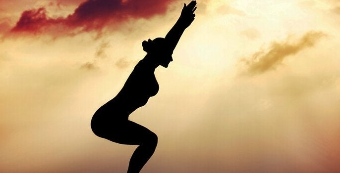 Kobieta ćwicząca Tai Chi