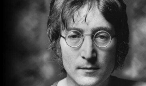 John Lennon i depresja: piosenki, których nikt nie rozumiał