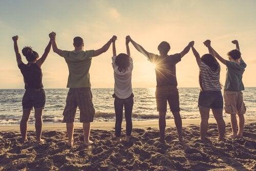 Przyjaciele na plaży