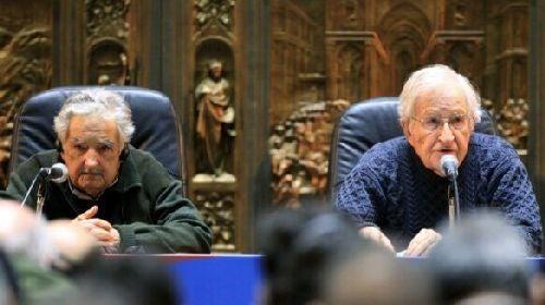 Debata z udziałem Chomsky'ego
