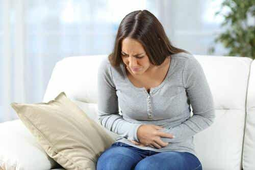 Zapalenie żołądka na skutek emocji: objawy, przyczyny i leczenie