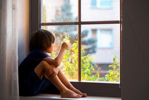Lęk przed separacją w procesie wychowania dziecka