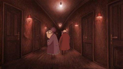 Lost property - starsi ludzie w korytarzu