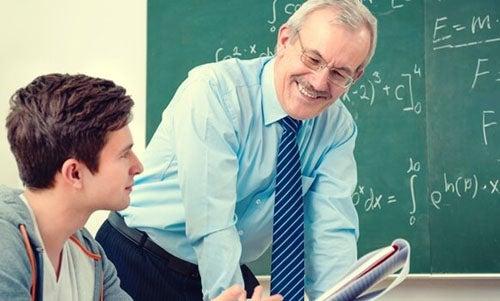 Wspaniały wykładowca może pozytywnie wpłynąć na życie studenckie