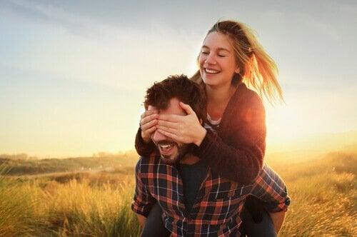Ślepa miłość: kiedy nie dostrzegasz, jaki naprawdę jest Twój partner