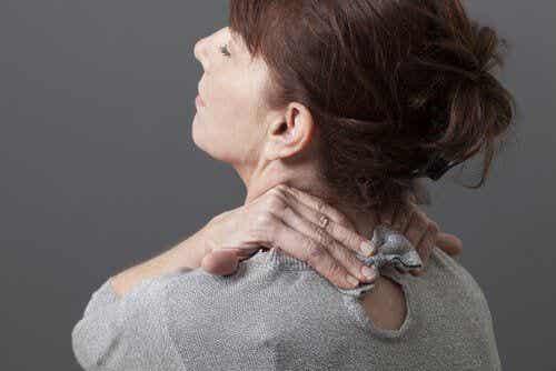 Ból szyi - jak sobie z nim poradzić domowymi sposobami?