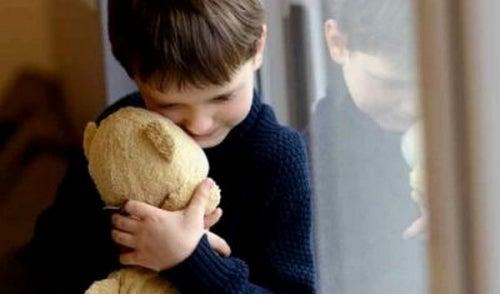 Dysfunkcjonalna rodzina – jak wpływa na dziecko?