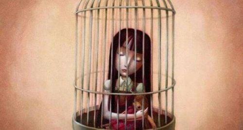 Dziewczyna w klatce - samopoświęcanie
