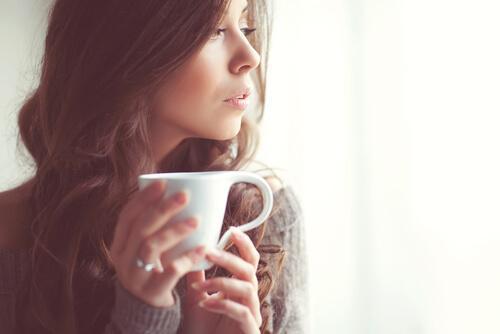 Herbatki relaksacyjne, które pomogą Ci się odprężyć