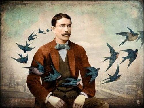 Mężczyzna otoczony przez stado ptaków