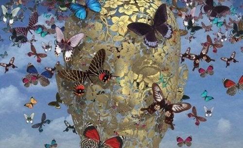 Twarz w motylach