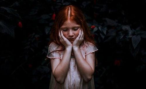 ruda dziewczynka - świat ludzi wrażliwych