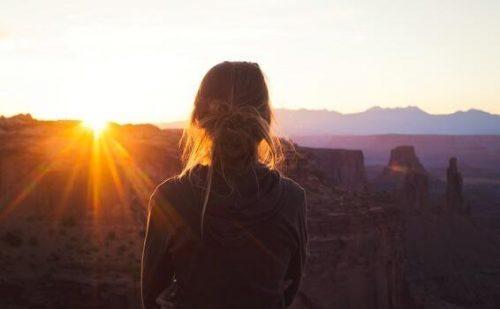 Introwersja o nasilonym niepokoju: czy opisuje Ciebie?