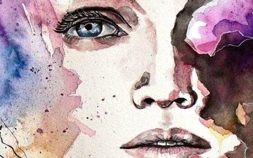 Twarz zamyślonej kobiety - intuicja