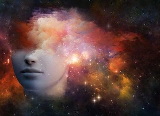 twarz w przestrzeni z gwiazdami
