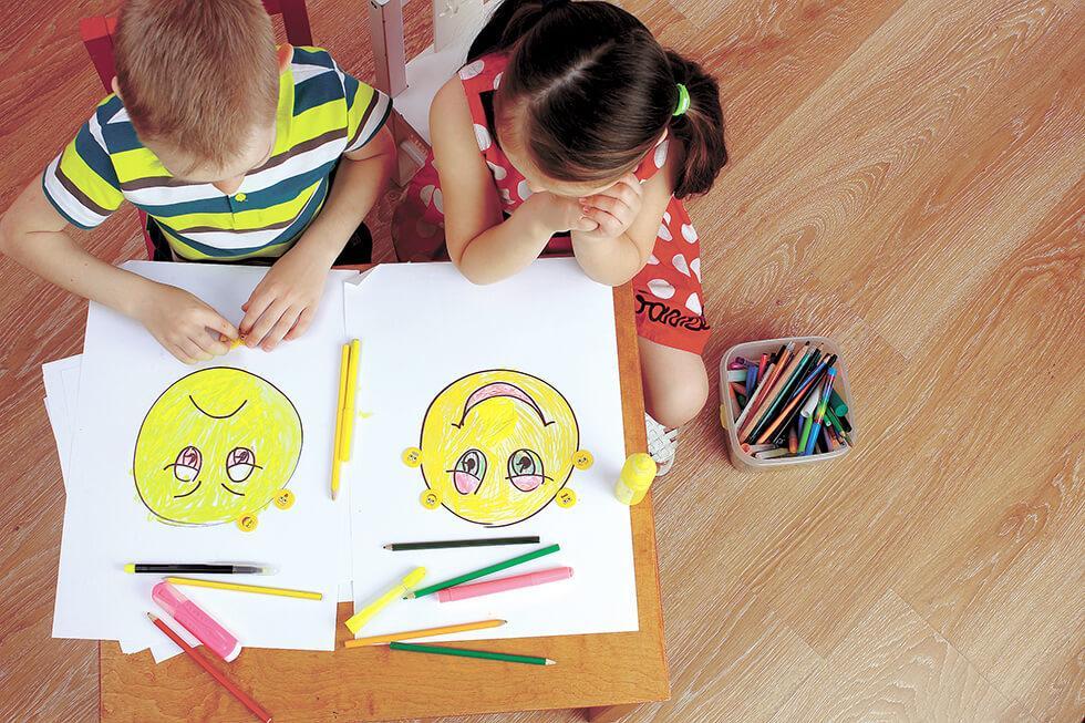 uczące się dzieci