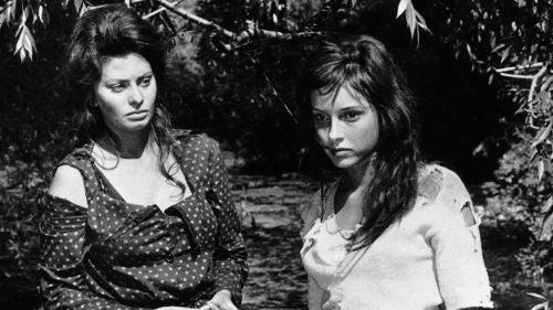 Wizerunek kobiety w filmie - matka i córka - kadr