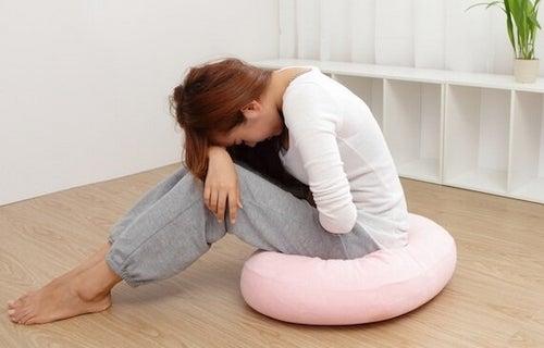 Zespół napięcia przedmiesiączkowego - przyczyny, objawy, leczenie