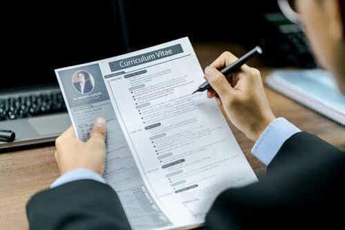 Lepsze CV - kilka praktycznych wskazówek