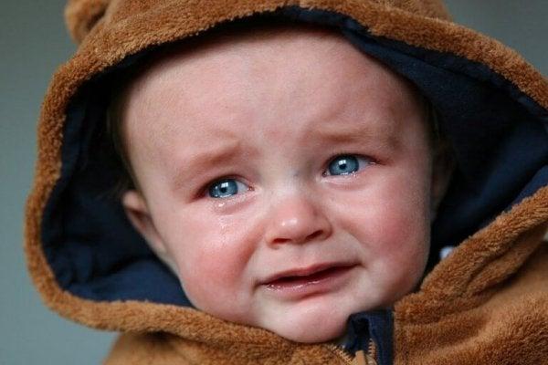 Płaczące dziecko.