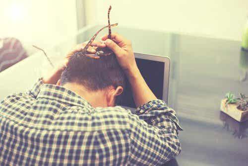 Skutki stresu w pracy - które są najgroźniejsze z nich?