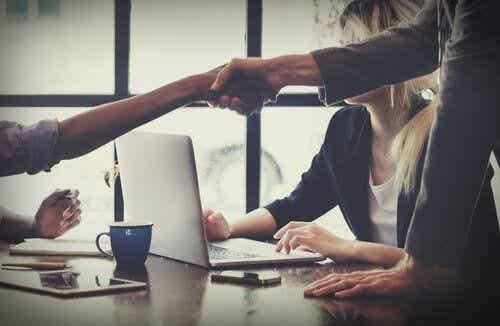 Dobry negocjator - jakimi cechami musi się charakteryzować?