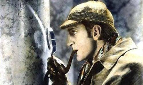 Myśleć jak Sherlock Holmes - 7 wskazówek by to osiągnąć