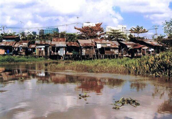 Teoria rozbitych okien - slumsy