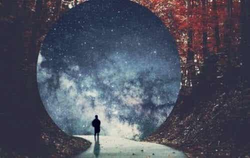 Narodziny ego, jego funkcje i autonomia