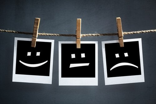 Różne emocje, a zespół patologicznego unikania doświadczeń