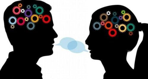 Kobieta i mężczyzna rozmawiają